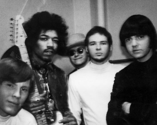 hendrix-feartued